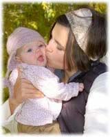 ¿Es bueno besar a los niños en la boca?
