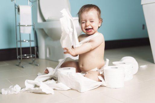 cómo hacer que el niño use el baño