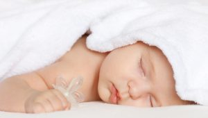 Cómo estimular al bebé de 1 mes de nacido
