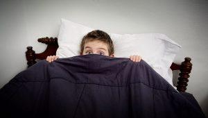 por qué el niño se orina la cama