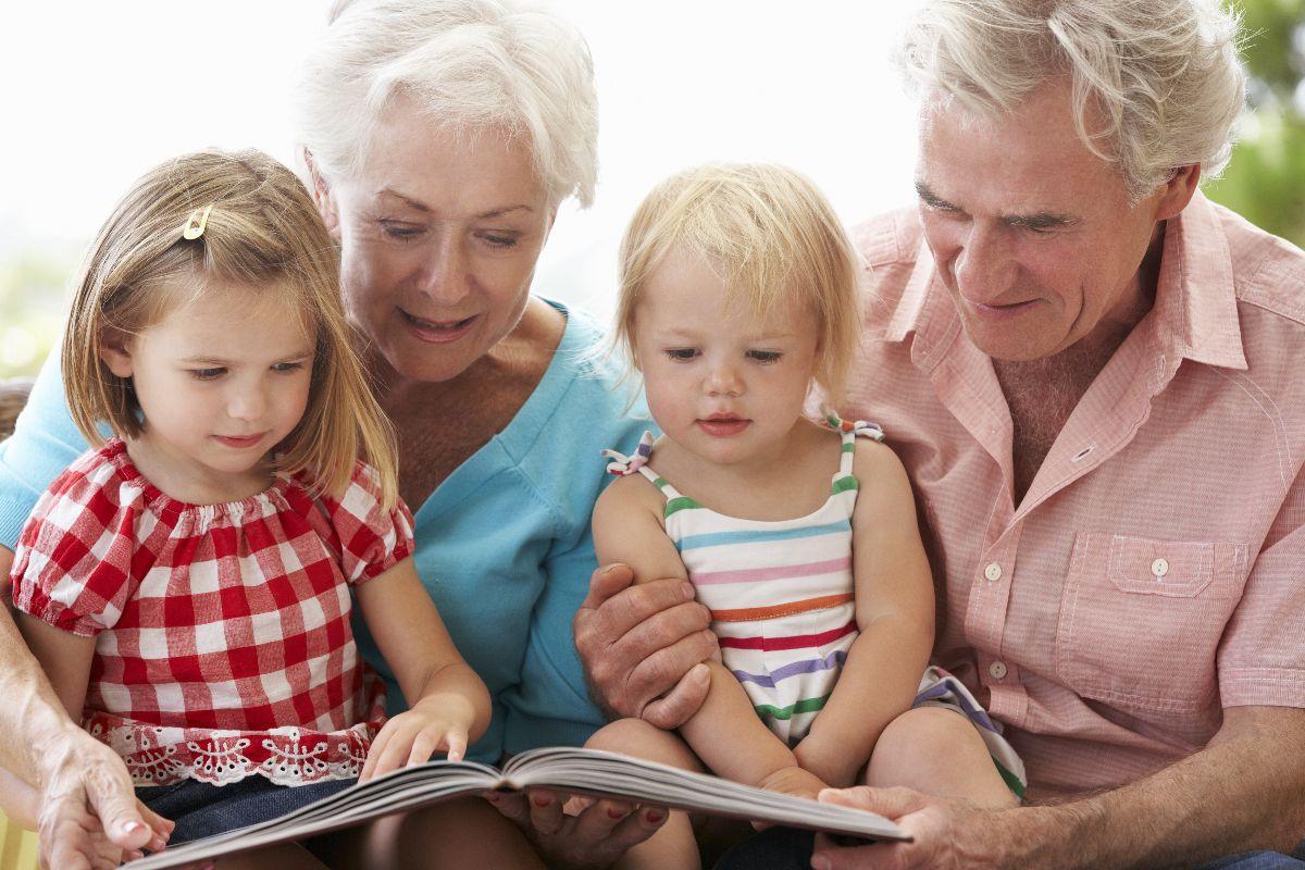 Los Abuelos Y Su Importancia Para Los Nietos