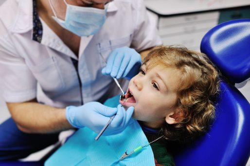 Cuidados de los dientes infantiles