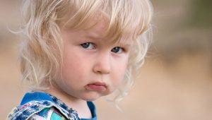 ¿Hay que obligar a los niños a saludar a los demás?