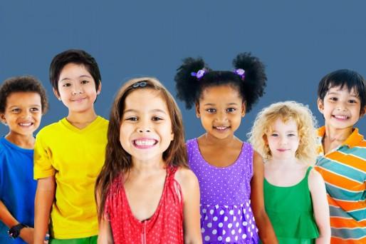 Niños sonriendo