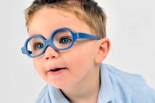 ad4174ffa9 Uso de lentes ópticos para niños