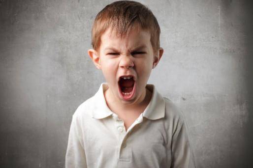Niño- Cómo saber si mi hijo hace bullying