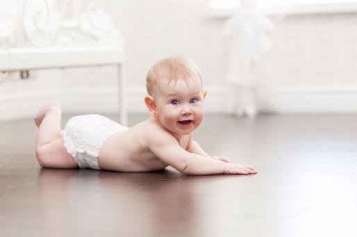 por qué el bebé suda tanto