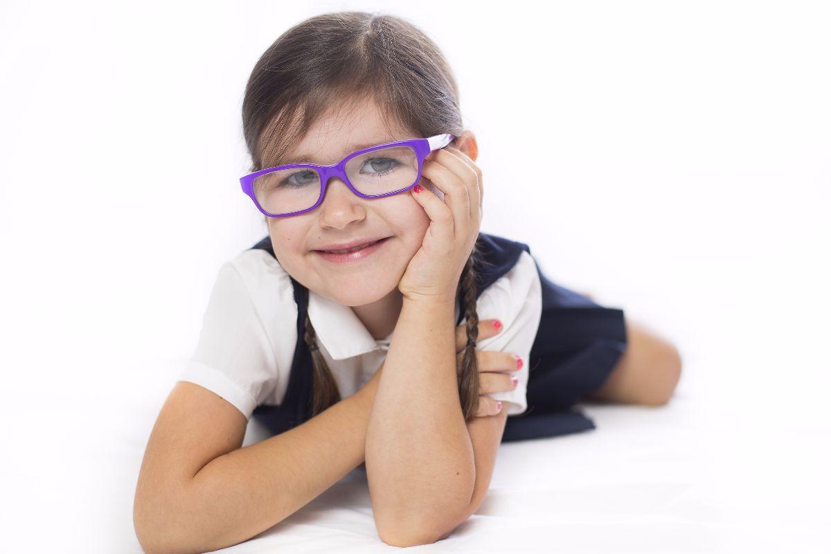 niña escolar