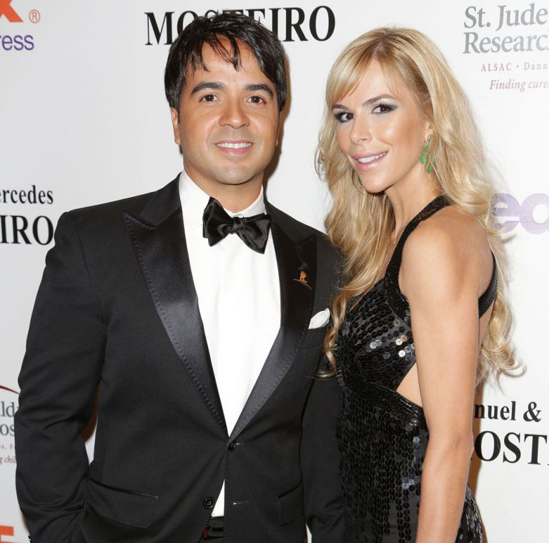 MIAMI, FL - MAY 18: Luis Fonsi and Agueda Lopez attend the 11th annual FedEx/St. Jude Angels & Stars Gala at JW Marriott Marquis on May 18, 2013 in Miami, Florida. (Photo by Alexander Tamargo/Getty Images)