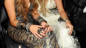 miley-cyrus-tish2-a