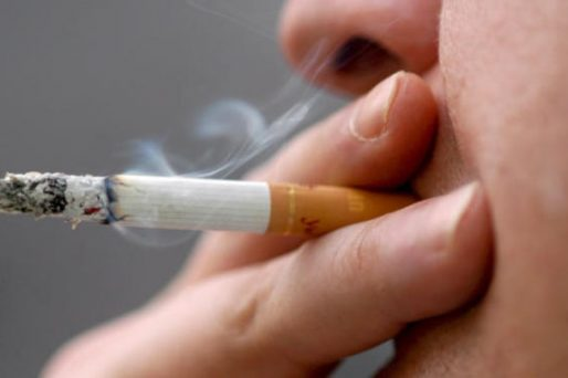 Los daños del humo del tabaco, explicado por el Dr. Nelson Burgos.