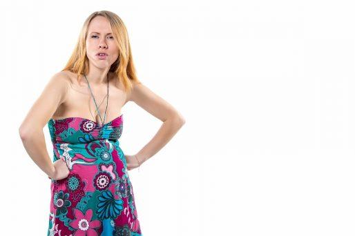 mujer con caída del pelo en el embarazo