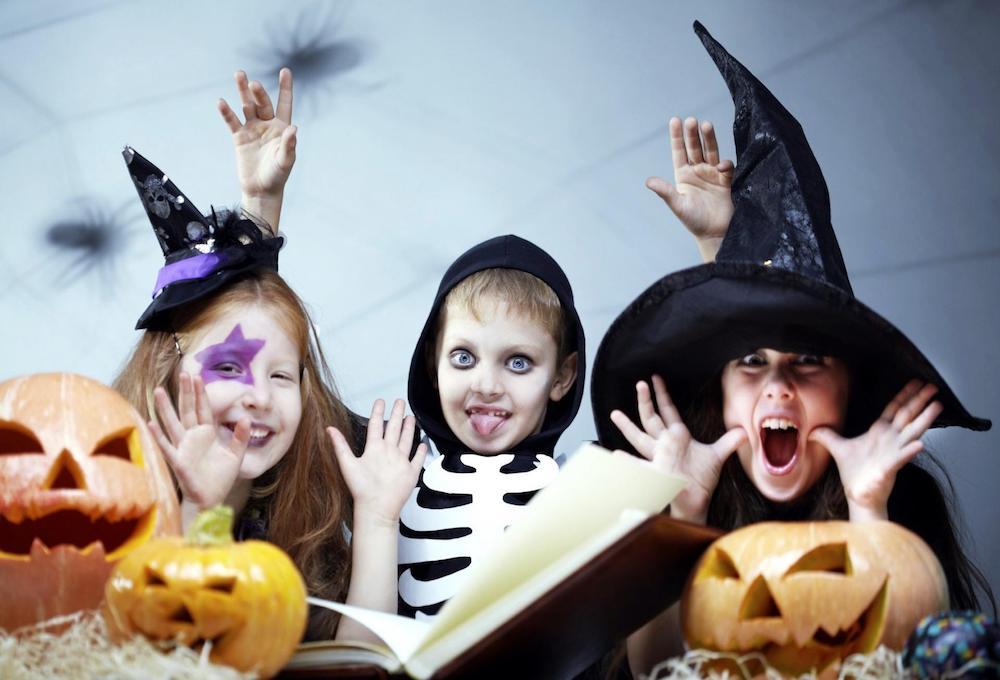 Resultado de imagen para Halloween En niños