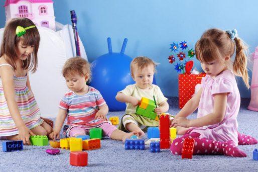 cómo enseñar al niño a ordenar sus juguetes desde pequeños