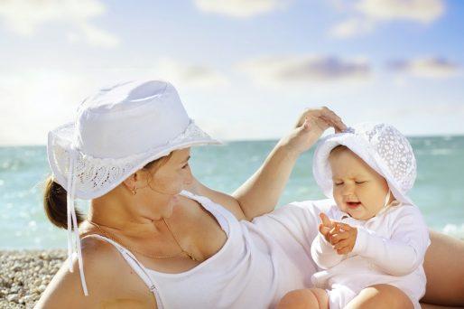 primera vez con el bebé en la playa