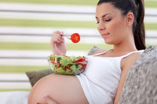 ácido fólico previene espina bífida en el bebé