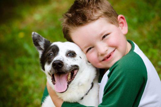 Los perros son los mejores amigos de los niños