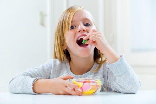 afectan los dulces a los niños