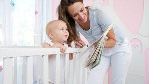 leerle al bebé